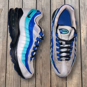 AirMax 95 AquaBerry Edition